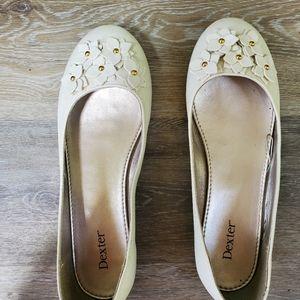 Woman flat shoes